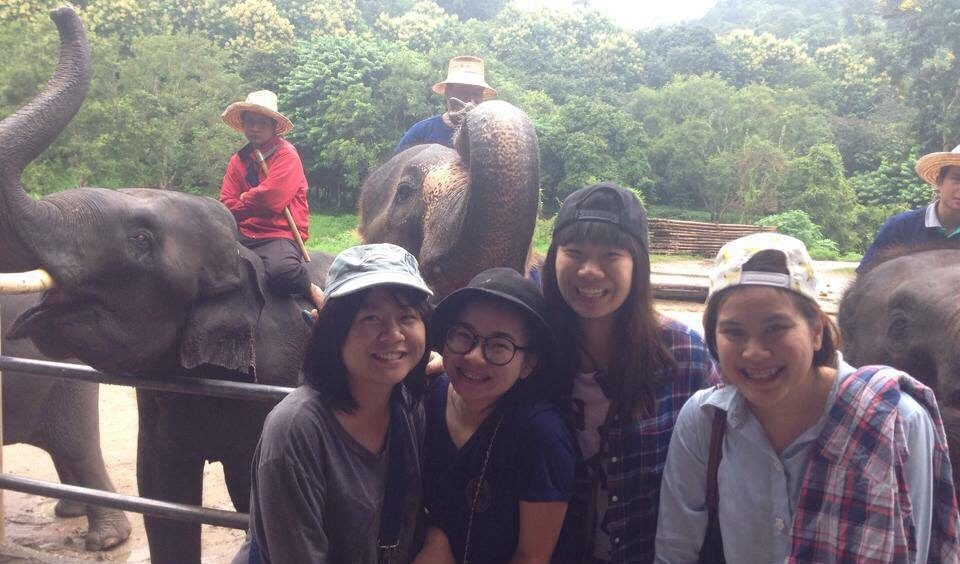Pakamas Pratumchan with friends in Thailand - ASAPtickets travel blog