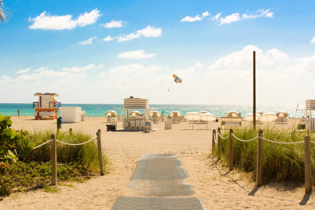 cheap flights to Miami; cheap domestic flights; domestic flights; flights to the US; one of the best beaches in the US