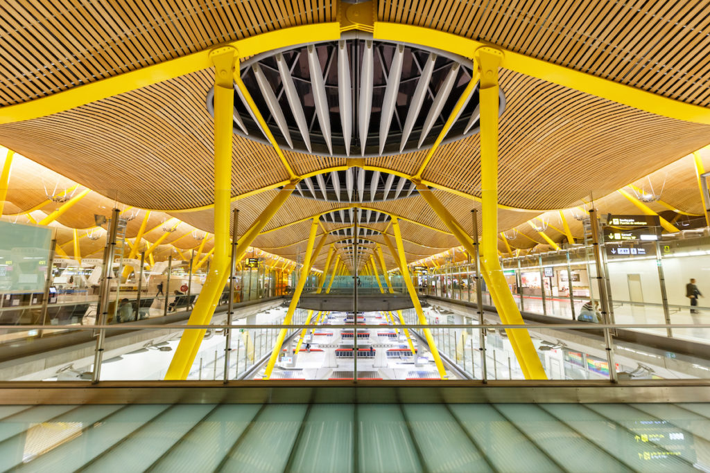 top busiest airports in europe